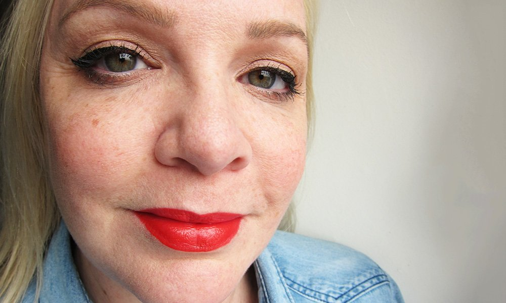 Lipstick Love: L'Oréal Paris Rouge Signature