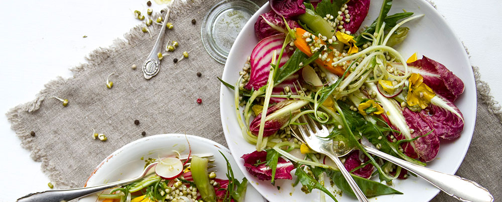 Recipe: Colorful spring salad