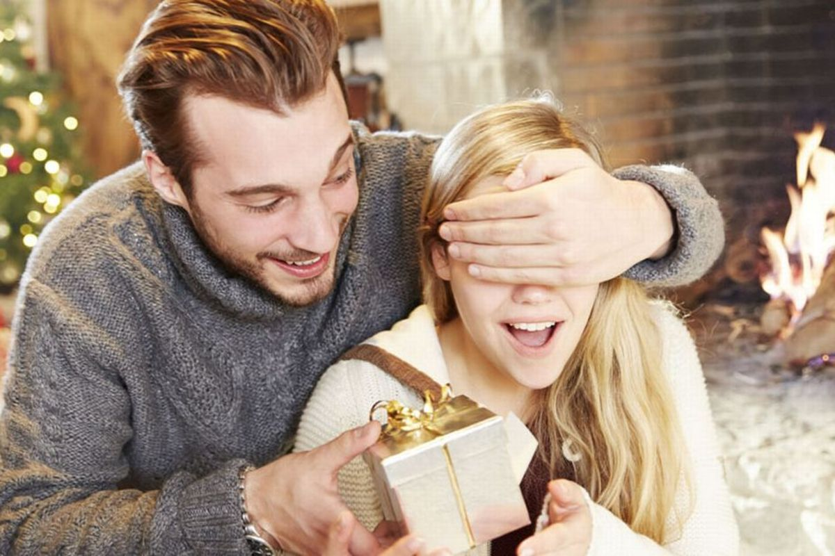 5 Gifts for a Significant Other That Are Cliché for a Reason