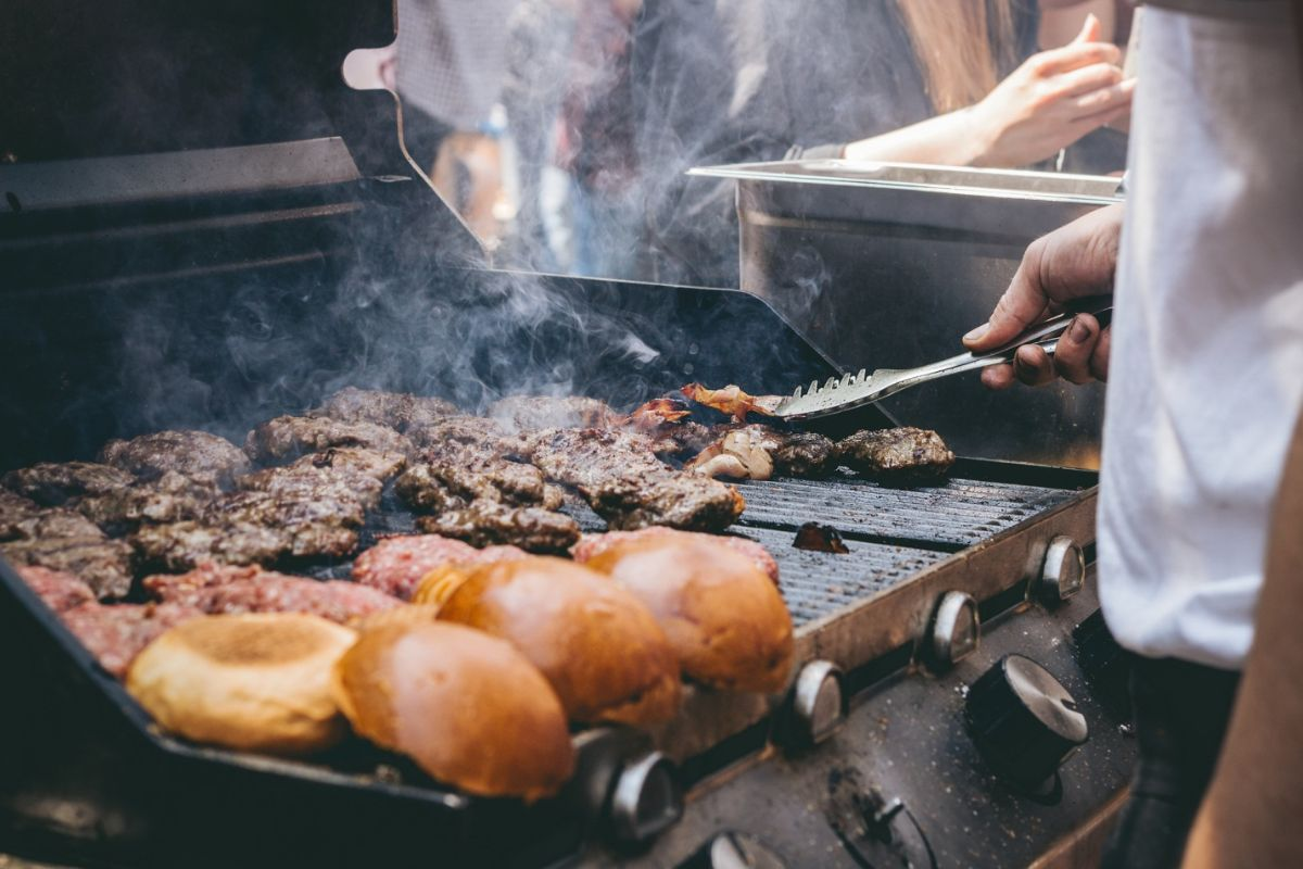 Griddles and Grills 101: How to Throw a Killer Bbq