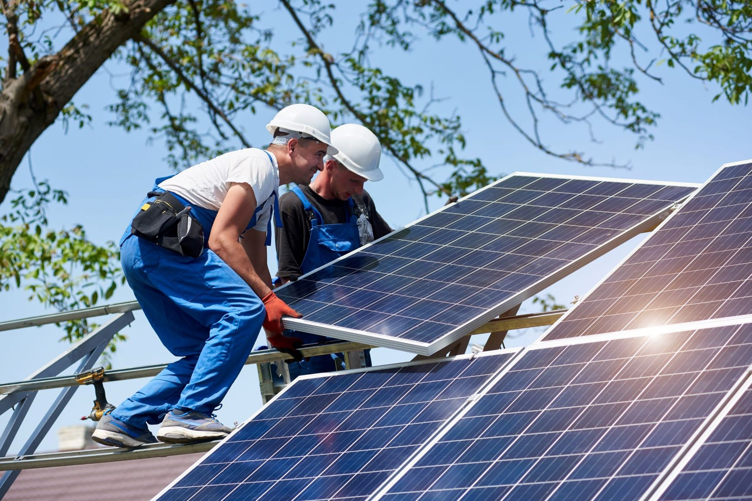 How to Install Solar Panels: A Basic Guide